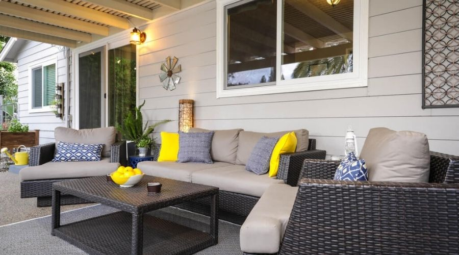 choosing an outdoor air conditioner for patio