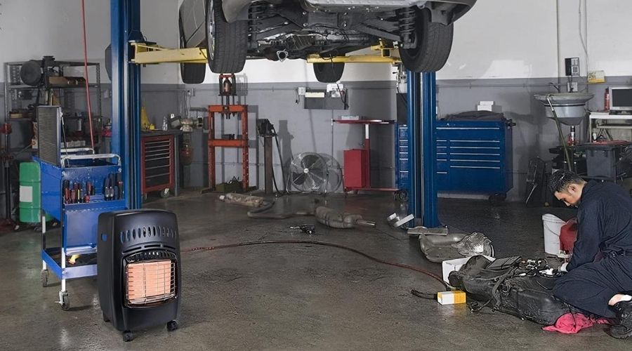 Using the best space heater for 500 square feet garage